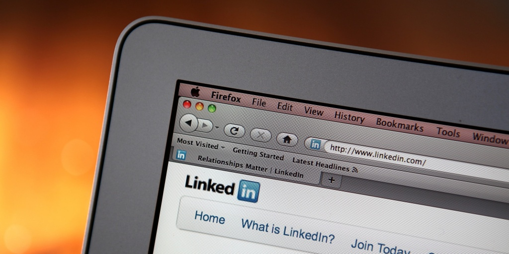 SAN ANSELMO, CA - JANUARY 27: In this photo illustration, the LinkedIn logo is displayed on the screen of a laptop computer on January 27, 2011 in San Anselmo, California. Social networking internet site LinkedIn Corp. filed documents with the U.S. regulators for an initial public offering. (Photo Illustration by Justin Sullivan/Getty Images)